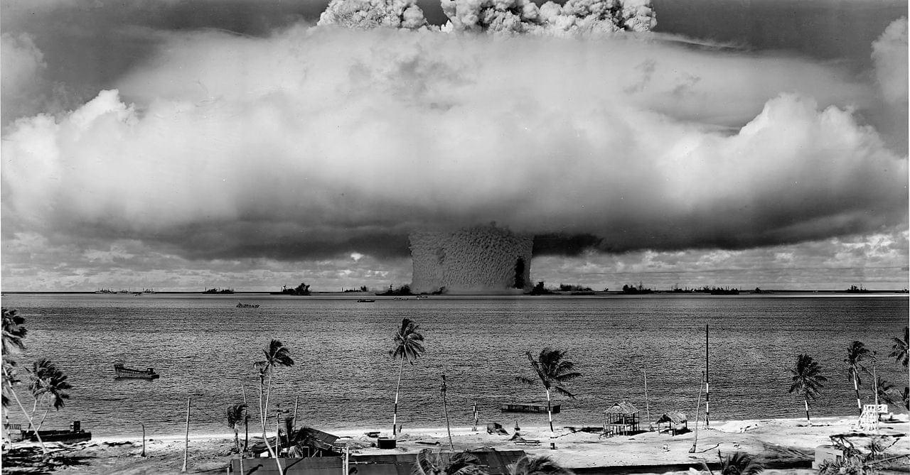 La période de la Guerre froide a vu les États-Unis et l'URSS accumuler assez d'armements nucléaires de part et d'autre pour détruire l'ensemble de notre planète.