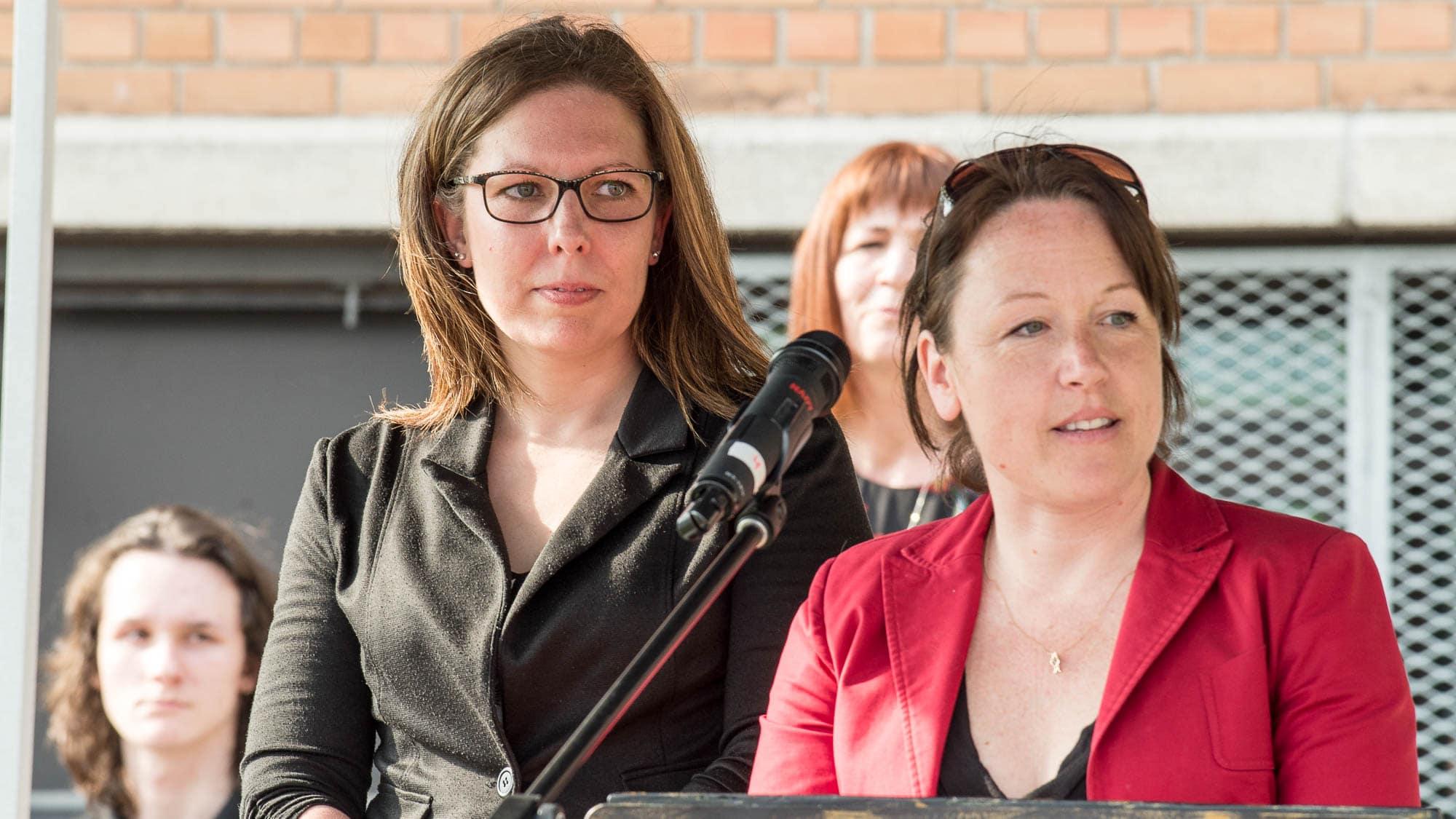 Stéphanie Chaput et Mélanie Pagé, respectivement vice-présidente et présidente du conseil d'établissement, ont témoigné de la reconnaissance des parents et élèves de l'école envers tous les responsables du projet.