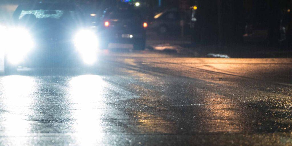 Ce sont les routes moins fréquentées, les intersections et les autres voitures qu'il faut surveiller sur les routes.