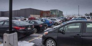 Le service de navette lancé pour soulager le stationnement au centre-ville de Saint-Jérôme attire un nombre croissant d'usagers.