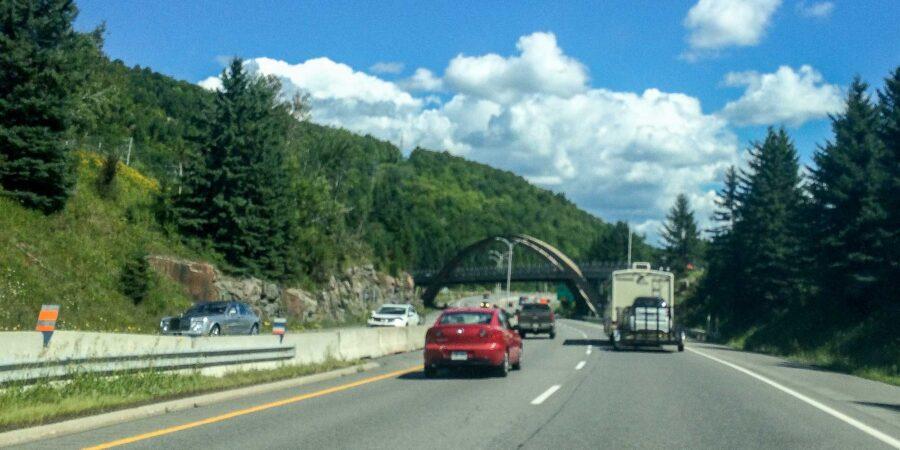 Les travaux sur le pont Pauline-Vanier, qui traverse l'autoroute 15 à Sainte-Adèle, seront terminés d'ici le mois de janvier 2017.