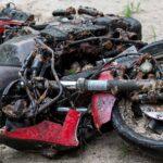 Sortie du lac Charlebois à Sainte-Marguerite samedi, cette Kawasaki Ninja avait été découverte sous l'eau en 2014.