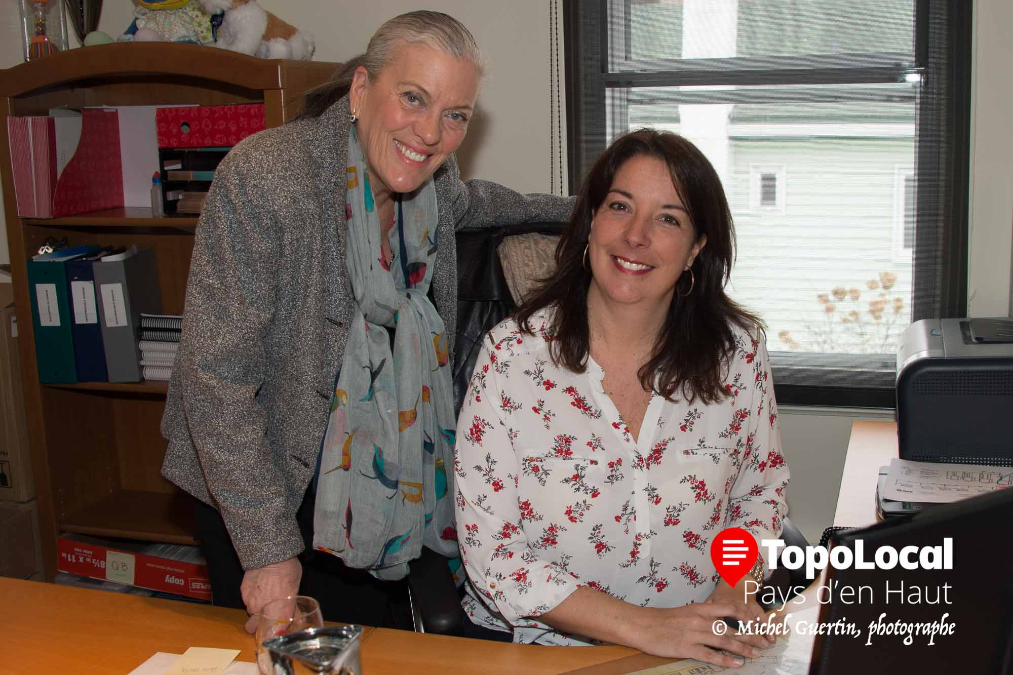 Louise Benoit peut compter sur le soutien et la compétence de son adjointe Josée Laberge pour faire des salons de Montréal et de Québec un franc succès.