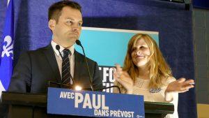 Paul St-Pierre Plamondon quelques minutes après l'annonce de sa victoire à l'investiture de la circonscription de Prévost, le 21 avril 2018.