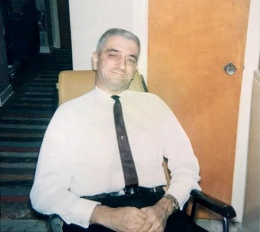 Le père de Monik, Jean-Jacques, directeur de la prison de Saint-Jérôme.