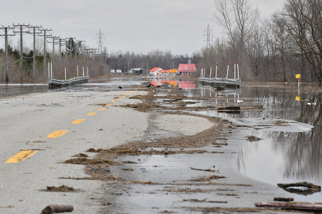 La route 158 a été inondée au printemps 2019. Photo par Alain St-Jean