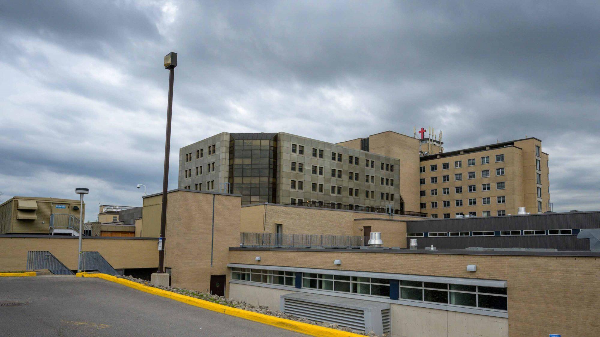 L\'hôpital de Saint-Jérôme enfin adéquat d\'ici 10 ans - TopoLocal